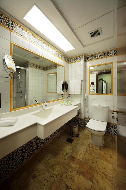 حمام فندق انجم