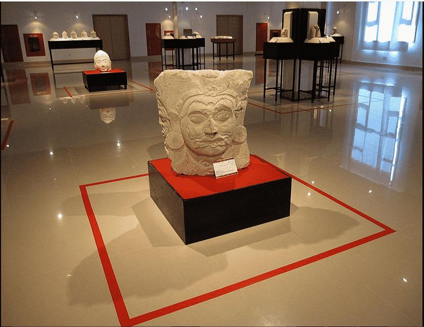 المتحف الوطني في جزيرة مالي 1