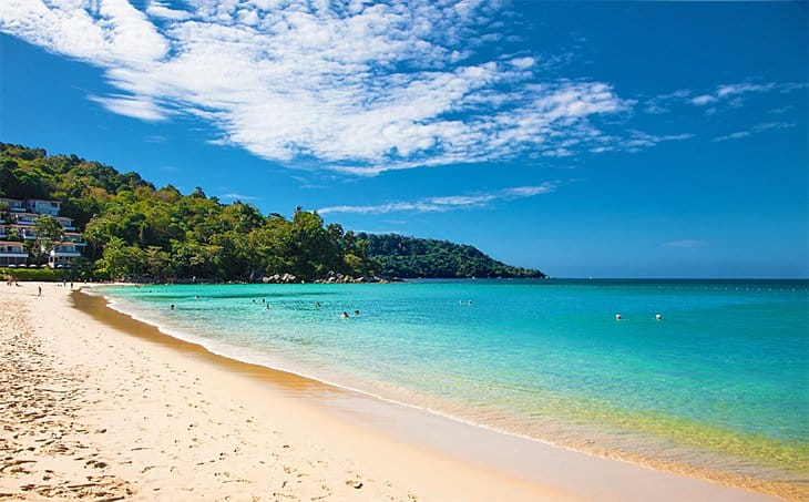 شاطئ كاتا