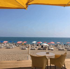 اهم الاماكن السياحية في انطاليا - شاطيء لارا - السياحة في انطاليا
